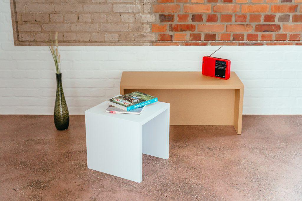 Pappmöbel - Bank und Hocker aus Pappe