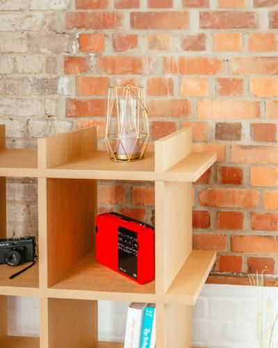 pappregal-cardboard-shelf-shelly-brown-3x3-living-room-wohnzimmer-zoom-seite